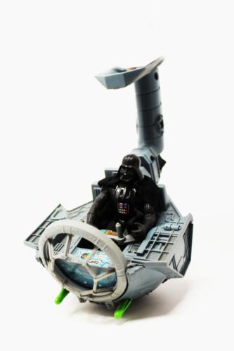 TIE-Fighter w/Darth Vader