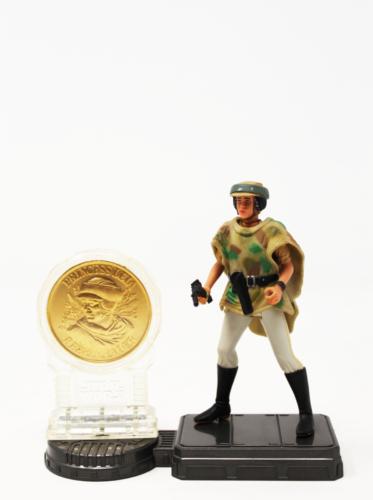 Princess Leia (in Endor Gear) w/Coin