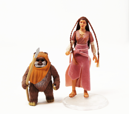 Princess Leia & Wicket (Ewok Celebration)